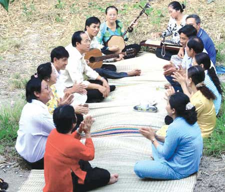 UNESCO lists Vietnamese folk music as world cultural heritage
