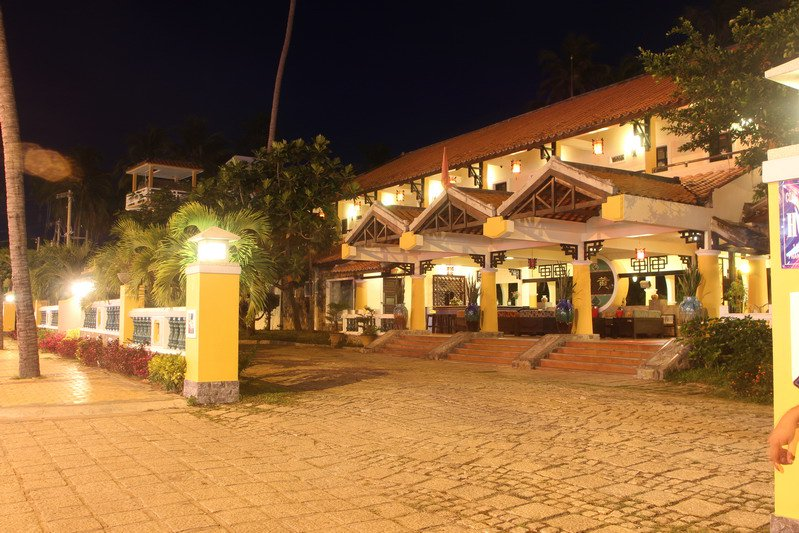 Dynasty Beach Resort - Hoang Trieu